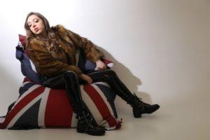 "LONDON KING – ""Solaris"" Exclusive Review!"