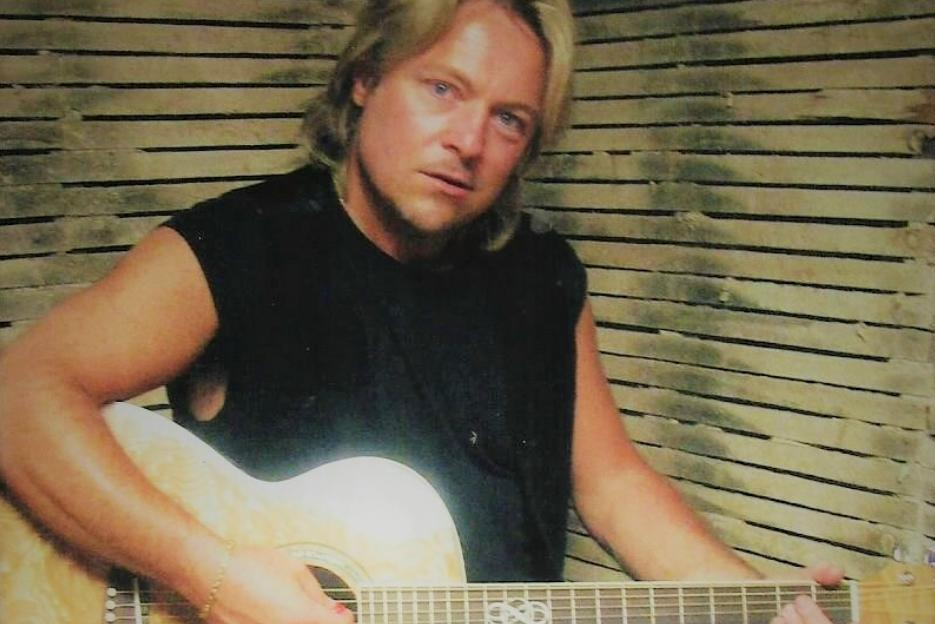 Gary Pratt – When Passion and Talent Unite! Exclusive Interview!