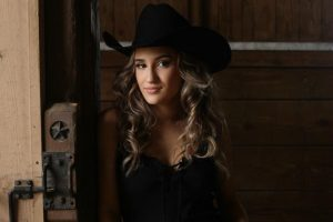"""Read more about the article Savannah Rae's new single """"Typical Texas Girl"""" is OUT NOW!"""