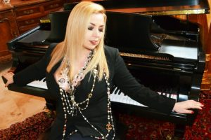 Read more about the article Exclusive Interview with talented singer-songwriter Zita Barbara!